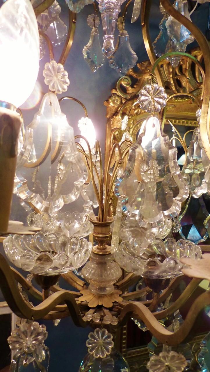Important Lustre Cage Louis XV, Bronze Et Plaquettes De Verre Et Cristal