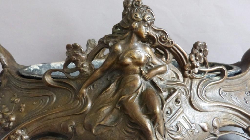 Importante Jardinière En Bronze Aux Femmes, époque Art Nouveau