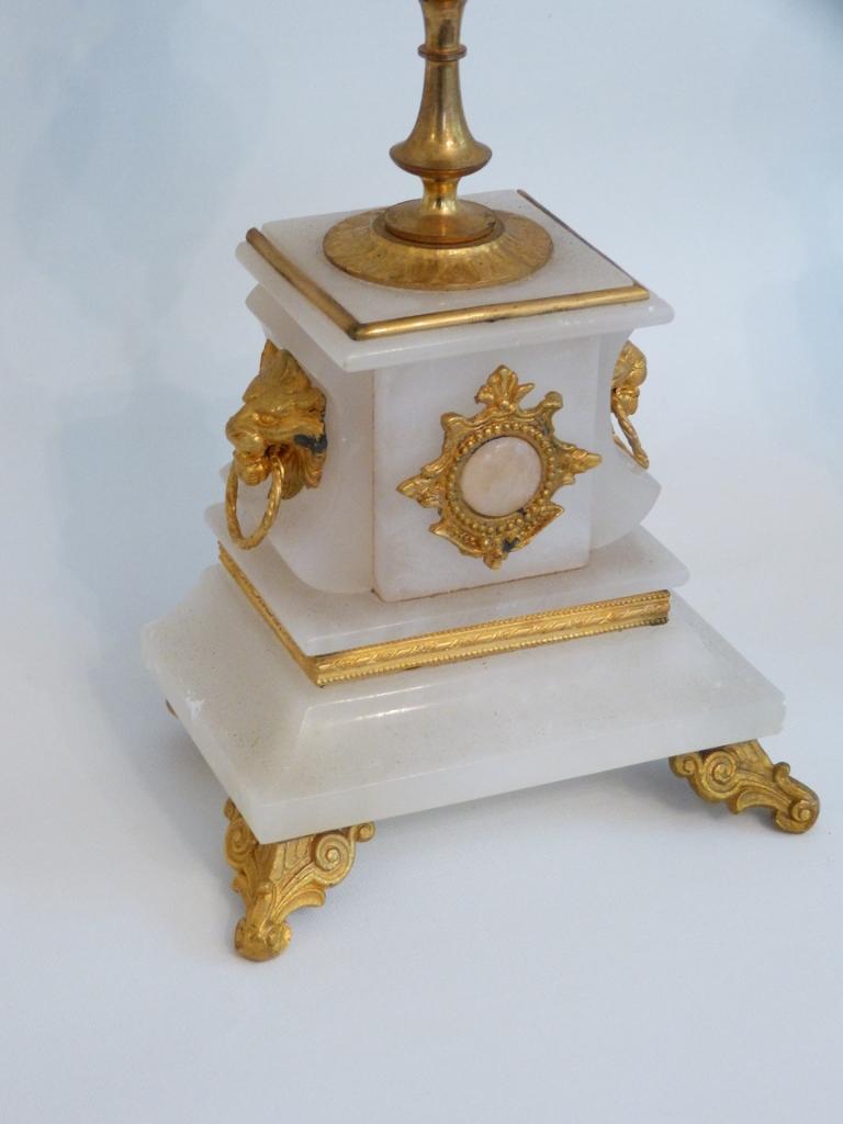 Paire De Chandeliers Napoléon III En Albâtre Et Bronze Doré, époque XIX ème