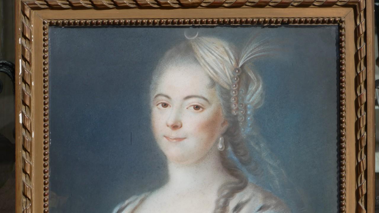 Portrait d'Une Femme élégante Coiffée En Diane, Pastel Signé Leblanc, Daté 1866