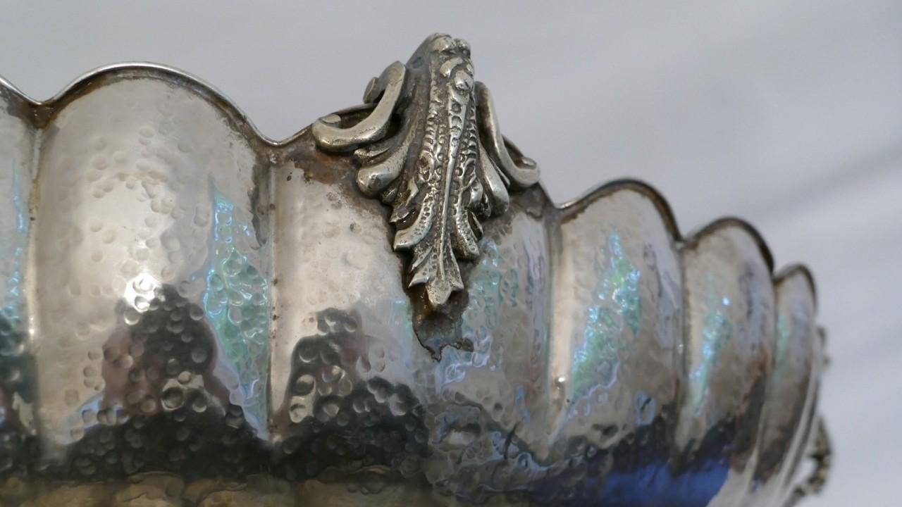 Coupe Centre De Table Aux Dragons, Métal Argenté Milieu XX ème