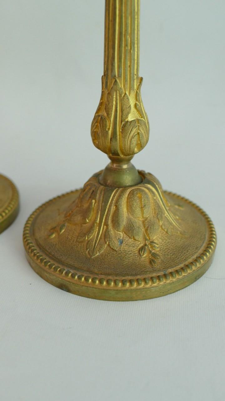 Paire De Bougeoirs Louis XVI En Bronze Doré, époque XIX ème