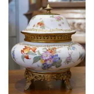Samson, Vase, Coupe Pot Pourri En Porcelaine Peint à La Main De Fleurs, époque XIX ème